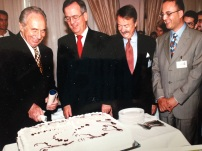 Signing German-Palestinian-Israeli high-tech venture in Ramallah, October 1998